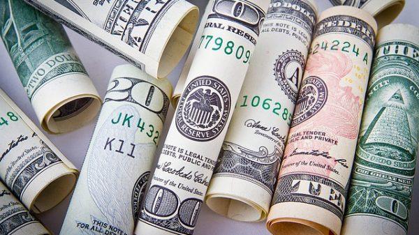 Łukta bogatsza o milionera
